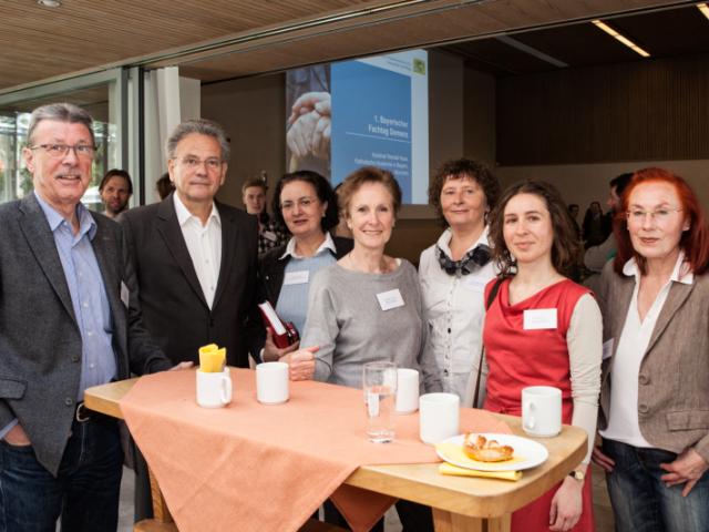Eine Delegation der AGLM beim Fachtag mit Moderator Werner Buchberger